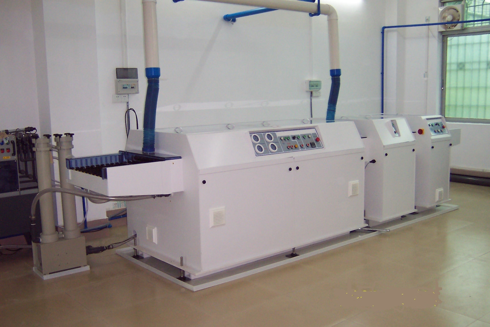 Installed Spray Etching Machine